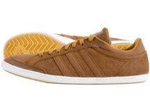 Zapatilla Casual Plimcana Low Adidas $11.990