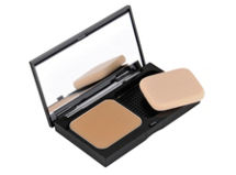 Illuminating Finish Powder Compact Foundation Bobbi Brown $34.000